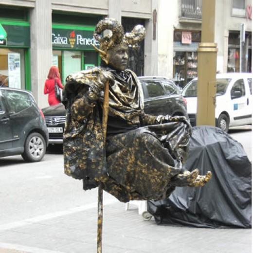 One of the best human statues in La Rambla