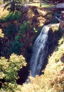 "Wah-Gwin-Gwin Falls in the ""backyard"" of the Columbia Gorge Hotel"