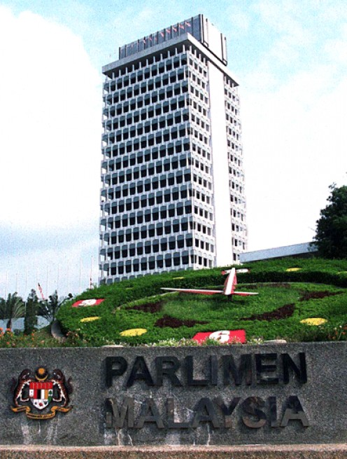 As Parliament's term is coming to end end, how would Malaysian's vote?