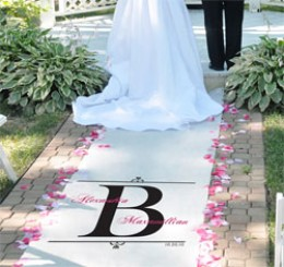 Photo: www.theweddingoutlet.com