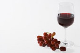 Other foods and juices are rich in resveratrol, besides red wine.