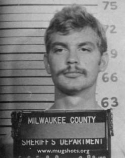Famous Serial Killers - Jeffery Lionel Dahmer