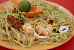 Fried Hokkien Prawn Mee with light soy sauce common in Singapore.