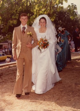 In 1976 earth tones were very popular - an idea that could be updated for an eco-friendly wedding today.