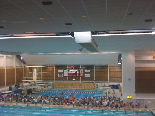 The warm up pool.