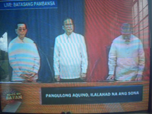THE 15TH CONGRESS of the Philippines  with Senate President Juan Ponce Enrile (left), President Benigno Simeon C. Aquino III (center) and House Speaker Feliciano Belmonte (Photo by Travel Man from ABS-CBN Channel 2 coverage)