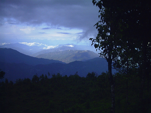 Twilight at Mungpoo, 2004. Copyright Tan Pratonix