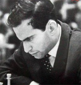 Known as Tal, he played with a daring and appetite for complicating things that, to this day, is not seen. He beat Bobby Fischer impressively, early in his career.