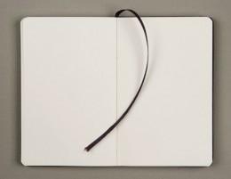 192 plain pages Dimensions: (9x14 cm), (13x21 cm)