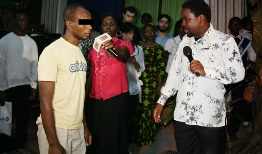 Prophet T.B. Joshua prophesies to Chuks upon his arrival straight from prison