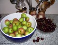 How to Make Apple and Cherry Jam