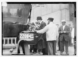 Alfred Vanderbilt embarks on the ill fated Luisitania