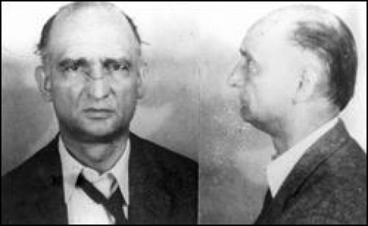Source:  Public domain photograph from U.S. Dept of Justice Website at http://www.fbi.gov/libref/historic/famcases/abel/abel.htm