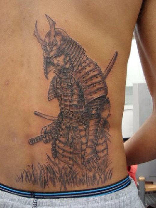 Wowww, I deff am loving this samurai tattoo, totally awesome artwork.