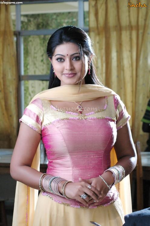 Telugu lovers sex my skype id moddatelugu09 add me - 4 8