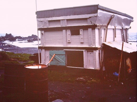 The emergency hut at Lusitania Bay, far south on the east coast
