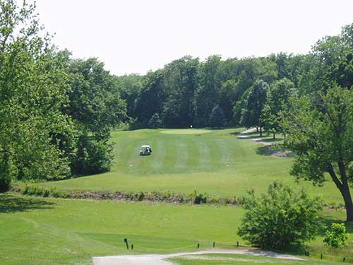 Hole #1 at The Oaks in Springfield from www.theoaksgolfcourse.com
