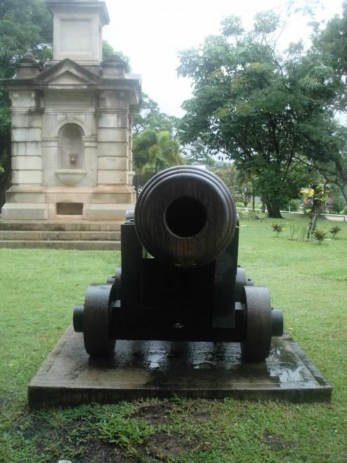 Commanding monuments