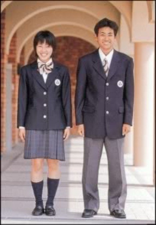 pro uniforms in school essay The advantage of school uniforms essay uniforms make the school appear more professional also with uniforms students won't compare themselves with each other.