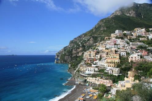 Positano, Amalfi Coast, Italy. Photot by Allerina & Glen MacLarty (flickr)