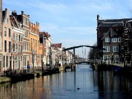 Canal with patricians houses - Leiden, Netherlands