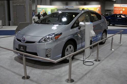 Plug in hybrid. http://en.wikipedia.org/wiki/File:Toyota_Prius_Plug-in_Hybrid_WAS_2010_8993.JPG