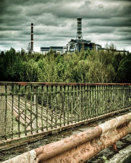 "http://villageofjoy.com/chernobyl-today-a-creepy-story-told-in-pictures/ ""Bridge of Death by Vivo(Ben)via bored panda"