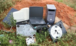 "The average computer on the market has a life span of just 18 months before it is ""obsolete garbage""."