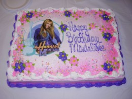 Beautiful Hannah Montana cake from dougjoubert on Flickr