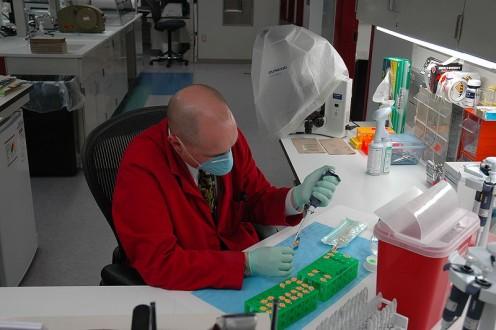 US Army 51869 Criminal Investigaton Division lab, 2009. CID Command Public Affairs.