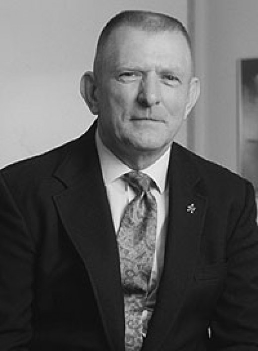 "Eugene Francis ""Gene"" Kranz; Nasa Flight Director; ""Failure is not an Option!"" Quote from him during Apollo 13. (***) [from Footnote above.]"