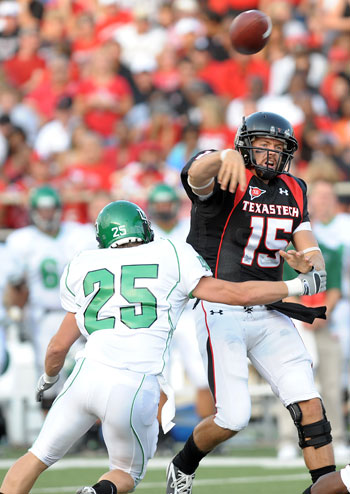 QB Taylor Potts  Texas Tech
