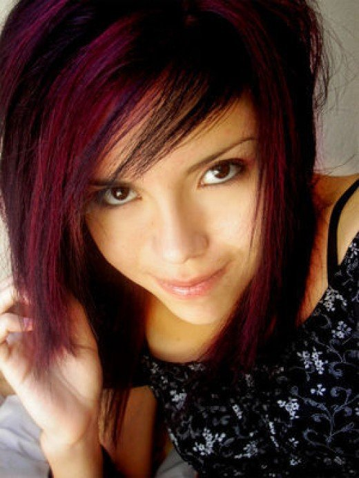 The sixth of my Emo Hairstyles is this great lil red and black hairstyle,