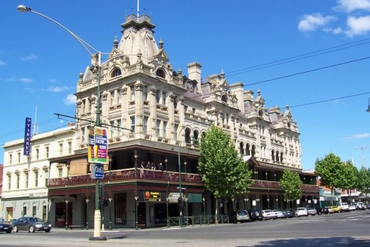 "The ""Shamrock"" Hotel Bendigo"