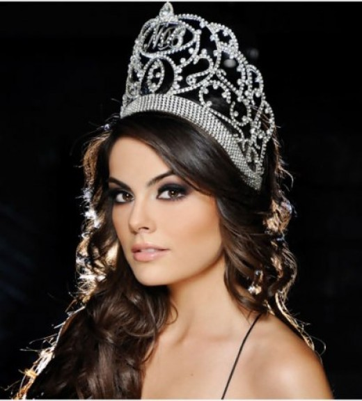 Newly Crowned Miss UNIVERSE 2010- Miss MEXICO Jimena Navarette(Photo courtesy of http://uktodaynews.com/)