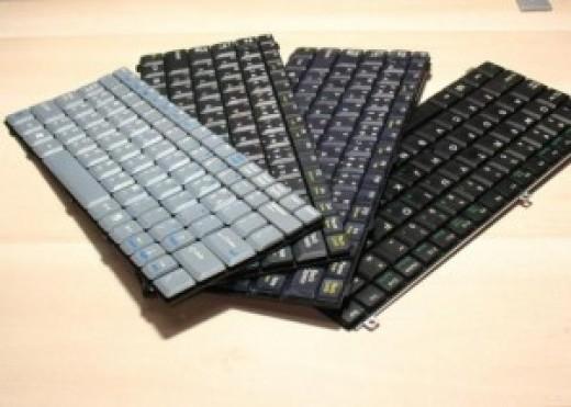 Клавиатуры для ноутбуков цена договорная.