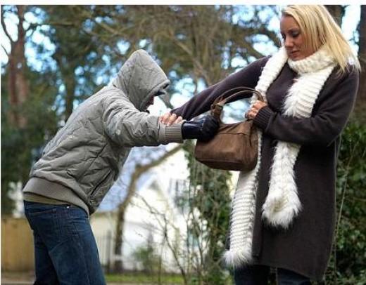 Mugging (stealing)