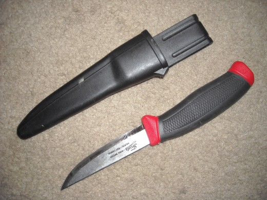 A good survival knife is your BEST tool.