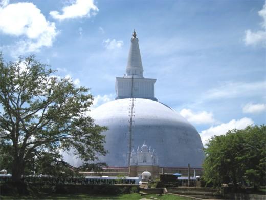 Ruwan weli seya in Anuradhapura