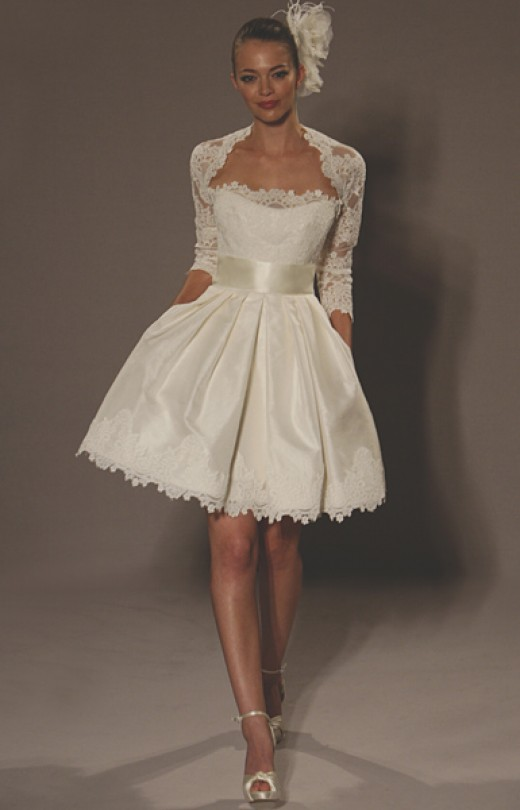 Wedding Dresses For Thin Short Brides 54