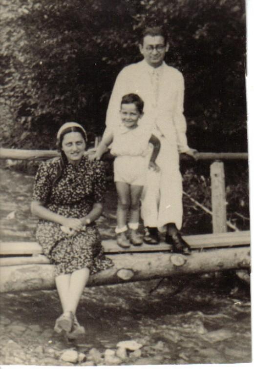 Klara, Amnon and Benzion 1938