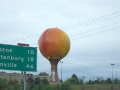 The giant peach near Gafney South Carolina.