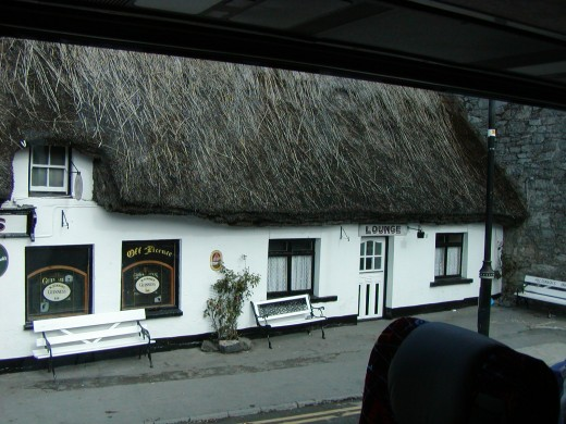 Thatch-roofed cottage turned into a pub