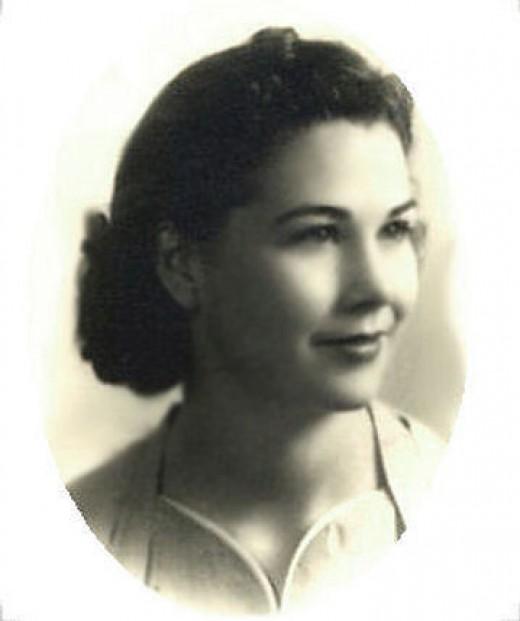 Harriet Louise Holdeman (Sep. 11, 1918 - Dec. 13, 1953)