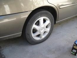 Auto tire semi-deflated