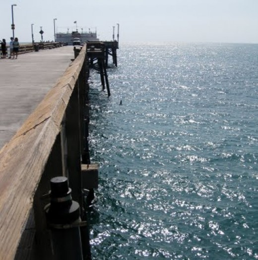 Looking down the side of the pier towards Ruby's Diner