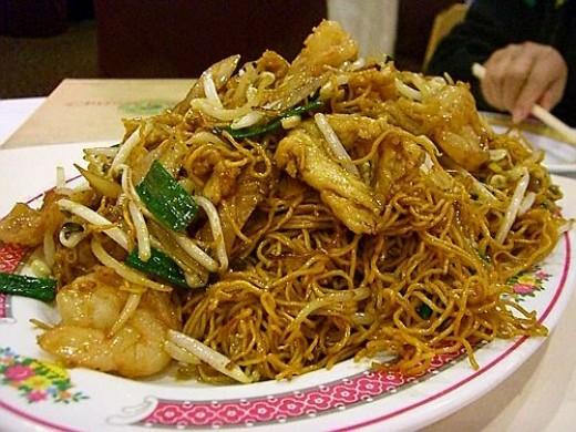 Delicious Chinese noodles at Ching Wah Lajpat Nagar
