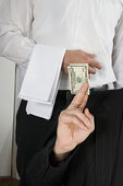 Weddings and Tipping: To Whom and How Much?