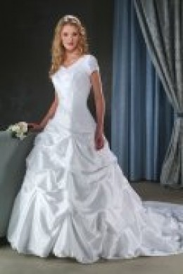 Wedding Dress Tip: Getting your dress dry cleaned abroad can save you alot of money