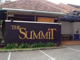 The Summit Factory Outlet http://www.virtualtourist.com